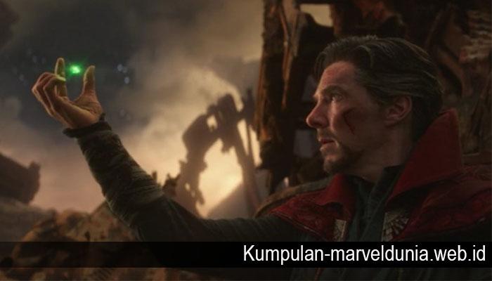 Doctor Strange Melawan Thanos Hanya untuk Mengulur Waktu